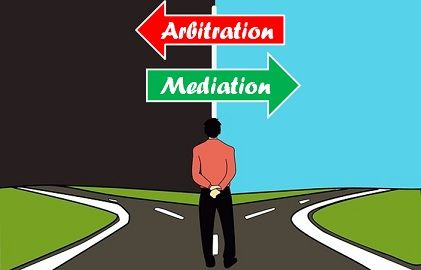 arbitration vs mediation