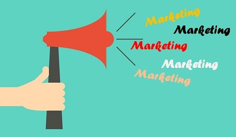 difference between product marketing and service marketing with